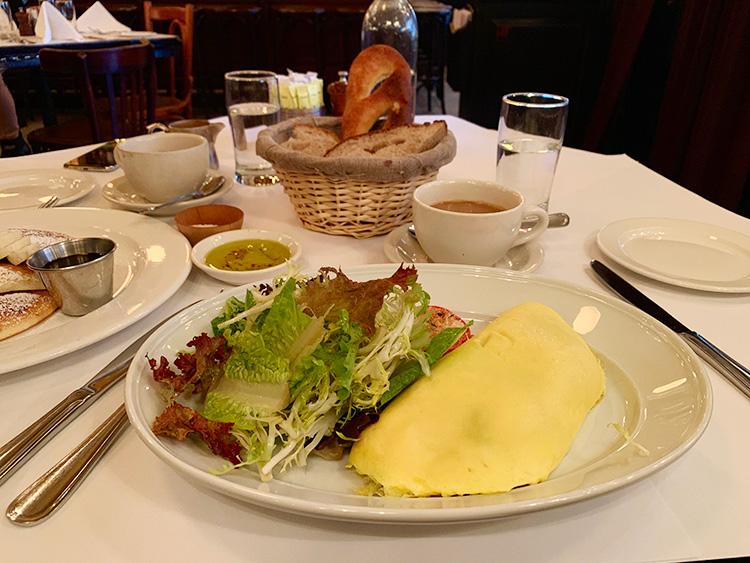 ニューヨーク 朝食 ブランチ